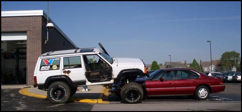 Jeep vs Pontiac