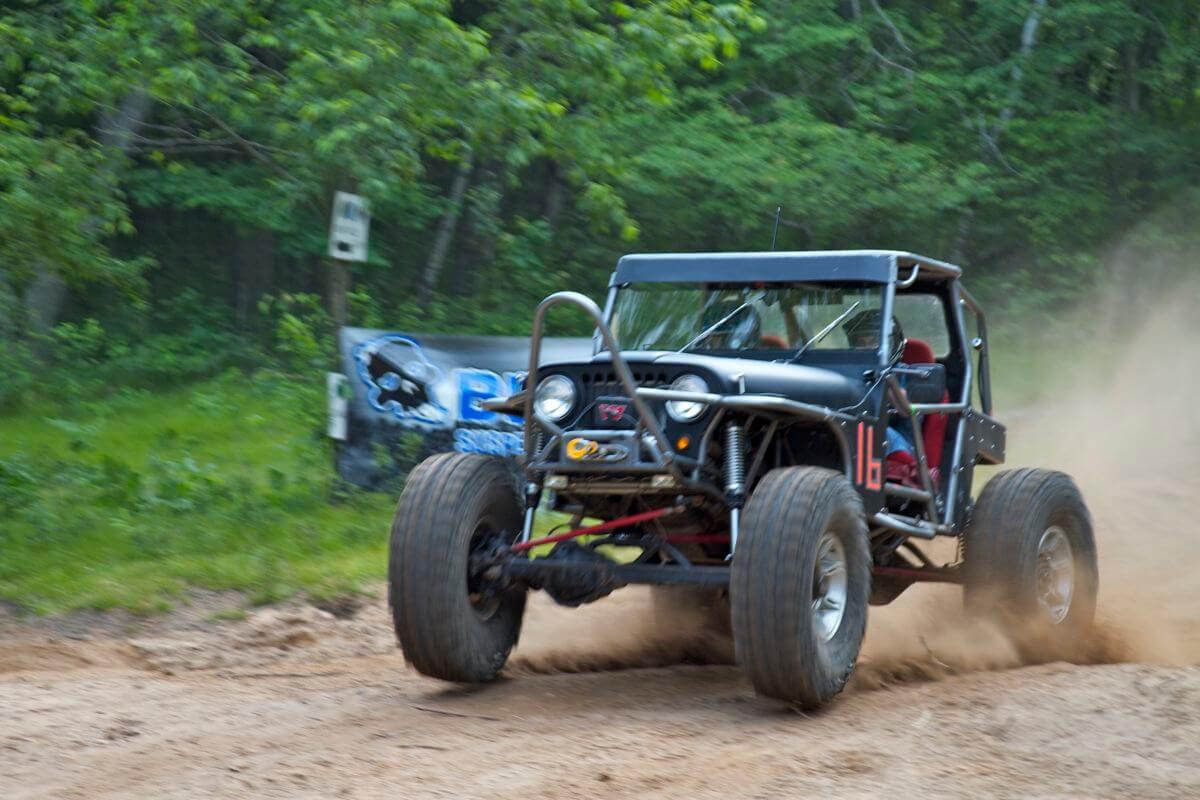 W.E.Rock Dirt Riot Race Recap from Rocks & Valleys