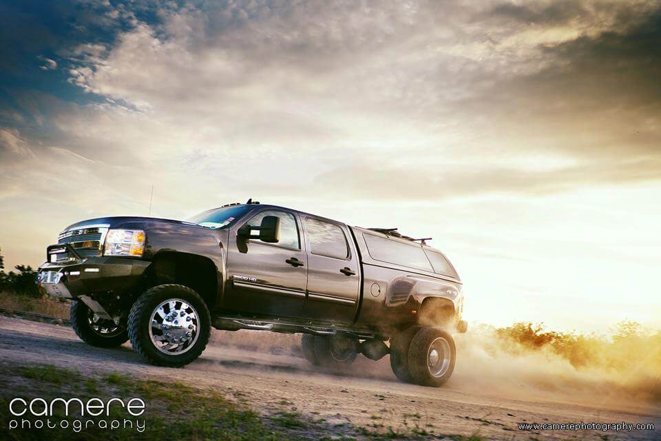 American Freedom's BDS-equipped dually in 8-Lug Magazine