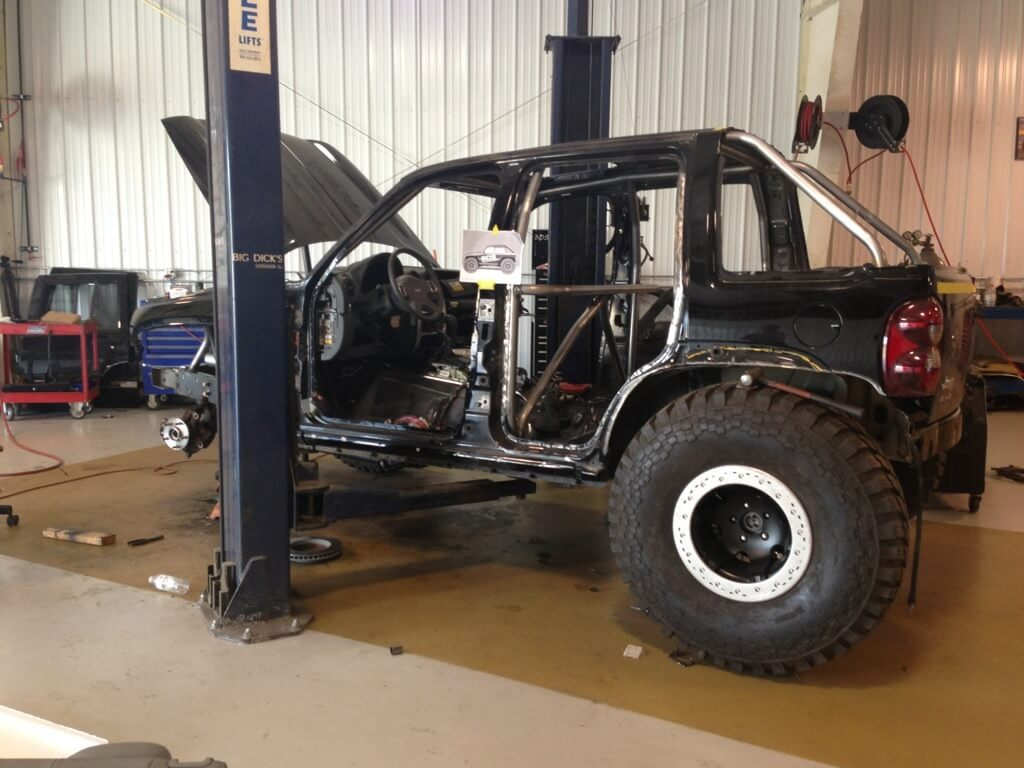BDS Project KJ: Suspension, Cage, & Drivetrain